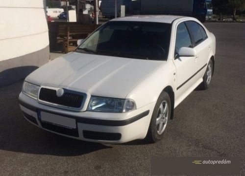 Škoda Octavia 1,9TDI 81kW/110k Elegance,tempomat,kúpená v SR
